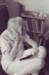 lesley-reading